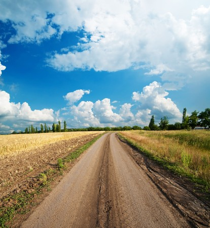road go to clouds Stock Photo - 7804603