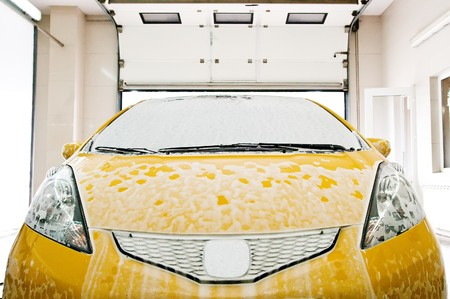 washing the car photo