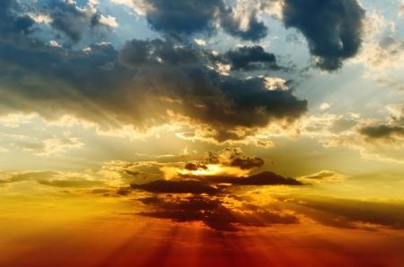 infierno: puesta de sol espectacular