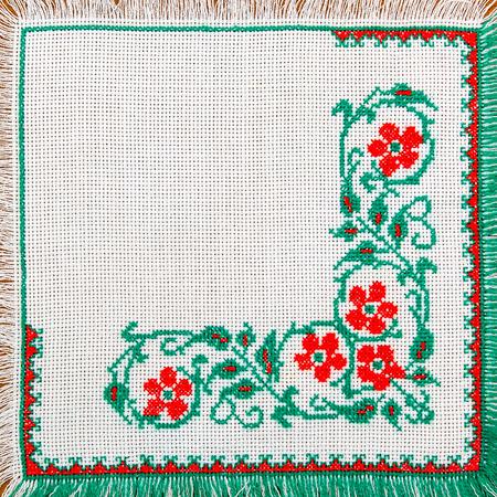 servilleta de papel: bordado buena forma de cruz-puntada. adornos étnicos ucraniano