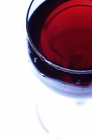 赤ワインのガラス。上からの眺め。