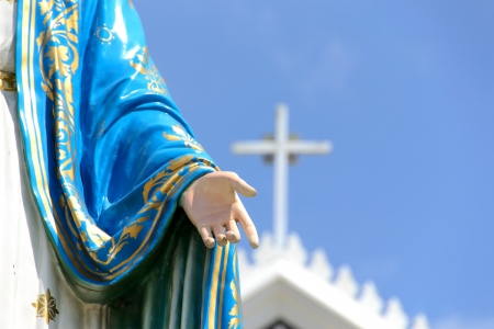 the mary: hand of  Virgin mary statue