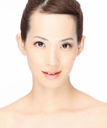 アジアの若い女性のクローズ アップの肖像画