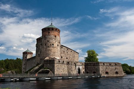 ufortyfikować: Stare Forteca Olavinlinna niedaleko miasta Savonlinna Finlandii