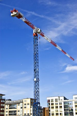 mountings: building crane in action
