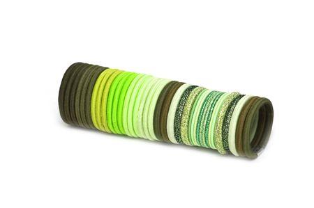 pallette: Bandes �lastiques de pallette vert pour cheveux Banque d'images