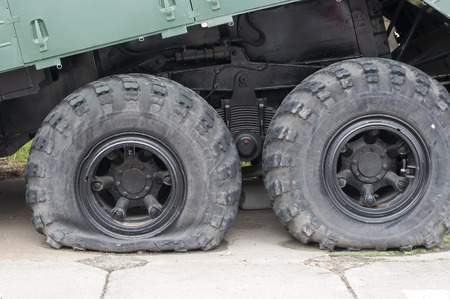 flat tyre: Flat tire of military vehicles