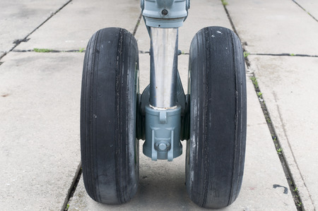 landing: Front landing gear light aircraft on the ground