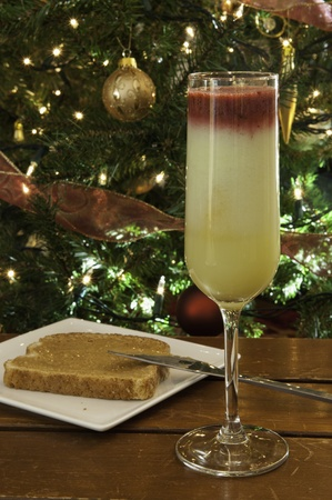 christmas morning: Christmas morning fruit smoothie with toast and peanut butter