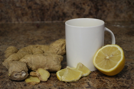 Ginger lemon tea concept, a good tea for healing colds and other illness naturally 版權商用圖片