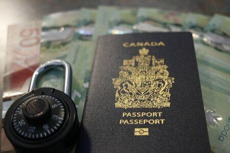 Photos sur le thème de l'immigration canadienne pour illustrer des concepts politiques