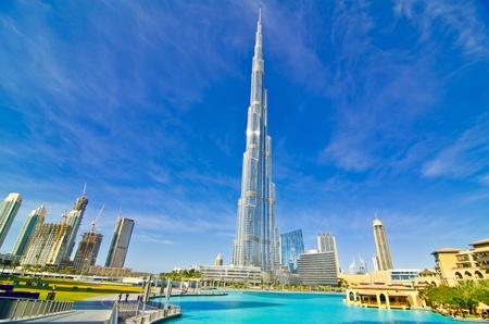 Verenigde Arabische Emiraten: DUBAI, Verenigde Arabische Emiraten - 4 januari: Burj Khalifa, de hoogste toren ter wereld, Downtown Burj Dubai 04 januari 2012 in Dubai, Verenigde Arabische Emiraten. Redactioneel