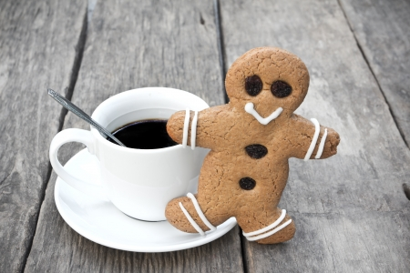 Gingerbread men and coffee Stock Photo - 24524994