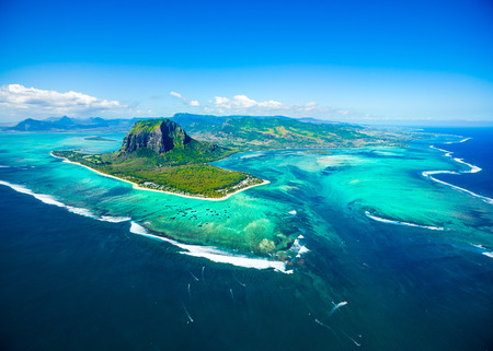 Aerial view of Mauritius island panorama and famous  Le Morne Brabant mountain, beautiful blue lagoon and underwater waterfall Stok Fotoğraf - 96236406