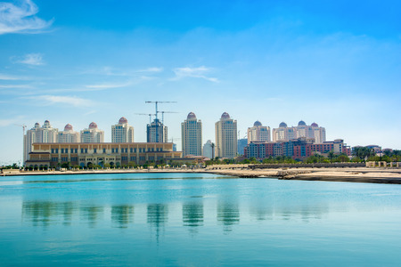 Qatar Beachside Residences in Qatar - the most famous island of Qatar Standard-Bild - 126026008