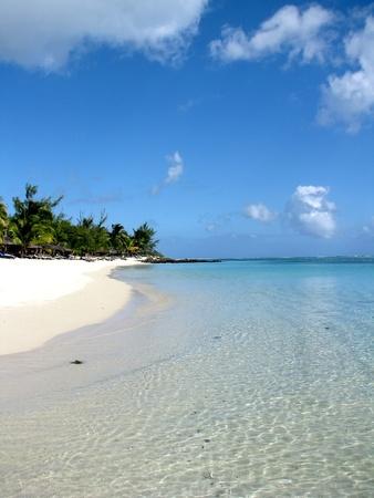 indian ocean: Mauritius beach