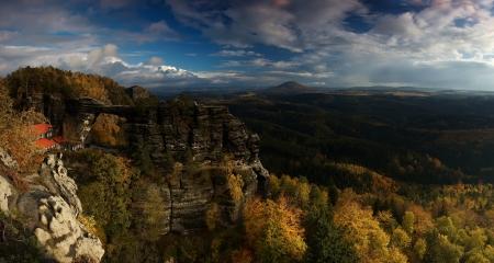 czech switzerland: Panorama di roccia Pravcicka
