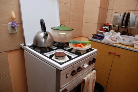 bakeoven: This is an old gas stove