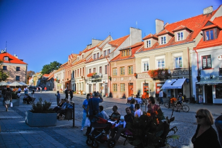 main market: Vista del principale mercato in Sandomierz, Polonia 8 settembre 2013 Editoriali