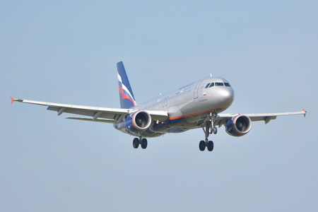 warsaw chopin: This is a view of Aeroflot - Russian Airlines Airbus A320-214 plane landing on the Warsaw Chopin Airport. September 16, 2015, Warsaw, Poland.