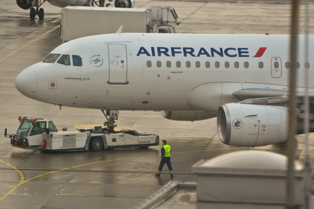 chopin: This is a view of the Air France Airbus A319 plane registered as F-GRXA on thw Warsaw Chopin Airport. February 2, 2016. Warsaw, Poland.
