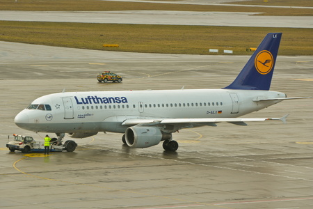 chopin: This is a view of Lufthansa plane Airbus A319 registered as D-AILX outputting on the Warsaw Chopin Airport. February 2, 2016. Warsaw, Poland.