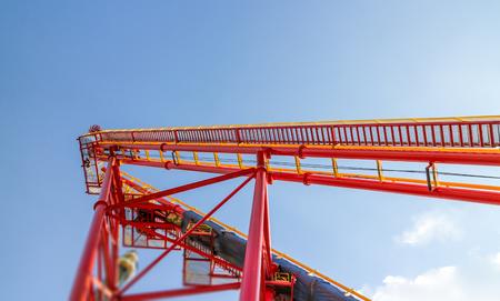 Red Roller coaster against blue sky 版權商用圖片