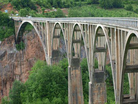 brige: Puente sobre el r�o de Tara, Montenegro