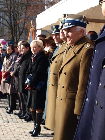 autoridades: Las autoridades militares y municipales en las celebraciones del D�a de la Independencia, 11 de noviembre de 2011, en Lublin, Polonia Editorial
