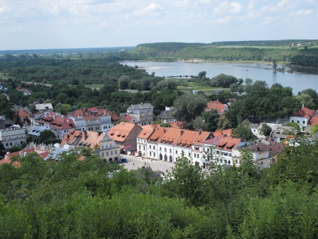 lubelszczyzna: The market square of Kazimierz Dolny upon Vistula River, Poland, seen from the Three Crosses Hill