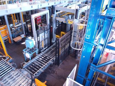 food and drink industry: Imbottigliamento e confezionamento stabilimento di la birreria Budvar, Ceske Budejovice, Repubblica Ceca Editoriali