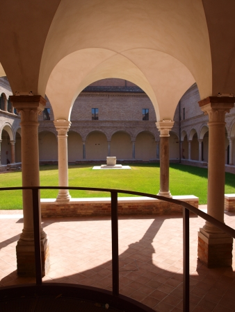 A cloister in the Franciscan convent, Ravenna, Italy Stock Photo - 15547390