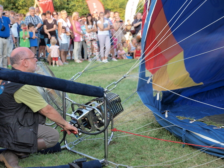 lubelszczyzna: Filling up a balloon with hot air, 9th edition of International Ballooning Competition, August 9th 2014 Editorial