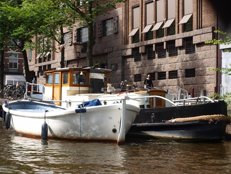 residencial: Residencial barges on cannals Amsterdam, Netherlands Editorial