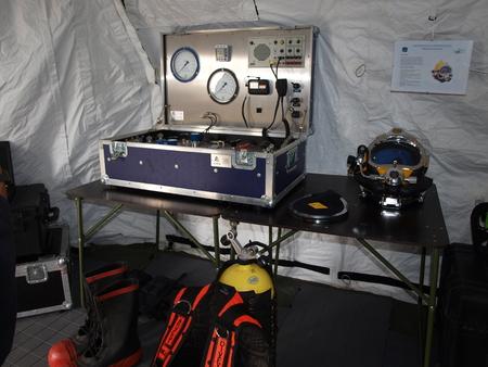 diving save: Hyperbaric controls, Radom Air Show 2015