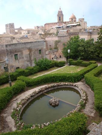 erice: Peopli Gardens in Erice, Sicily, Italy