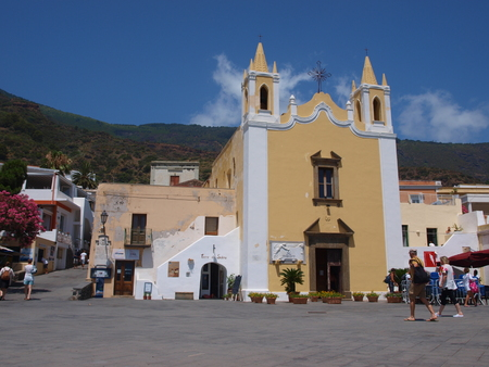 eolie: The town of Santa port di Salina, Isle of Salina, Sicily, Italy Editorial