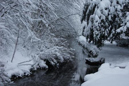 Winter Fluss Lizenzfreie Bilder