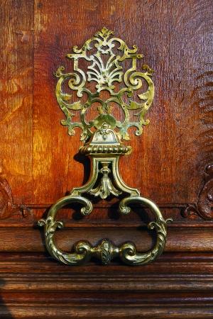 photo, jpg, coppr flowery door handle