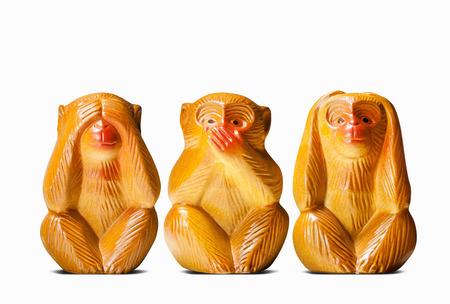 세 현명한 원숭이의 인형