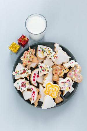gingerbread cookie: christmas gingerbread cookie