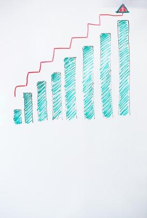 Whiteboard met stijgende grafiek is geïsoleerd op een witte achtergrond. Stockfoto - 63959878