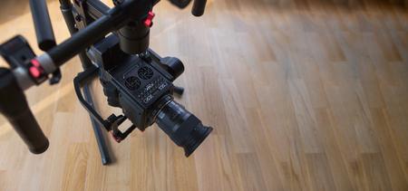 testing handheld camera gyro stabilizin gimbal 版權商用圖片