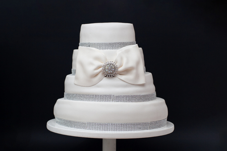 Image of a beautiful wedding cake