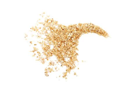 小麦ふすま白い背景の上。それは健康的な食事の一般的な成分です。