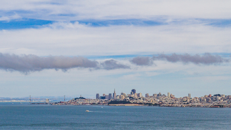 Water of San Francisco Bay with skyline of city, viewed from northern end of Golden Gate Bridge, in San Francisco, USA Standard-Bild - 123157155