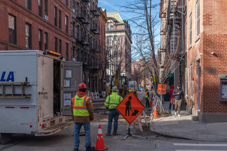 New York City, USA - Feb. 28, 2019: Road construction work in progress at intersection of Bedford and Barrow, in Greenwich Village Standard-Bild - 123883677