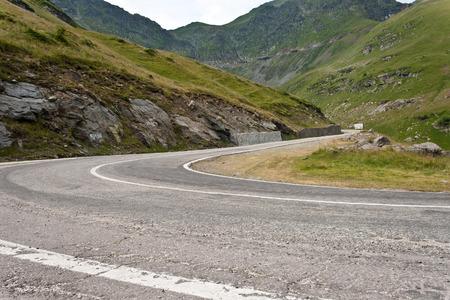 transfagarasan: Transfagarasan Road, Romania Fagaras Mountains