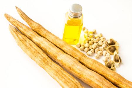benzolive: olio di semi di Moringa