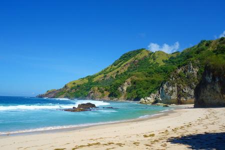 Laguna del paraíso de la playa de Koka, una exótica costa de dos playas en la isla de Flores de Indonesia Oriental, Nusa Tenggara Timur Foto de archivo